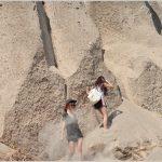 Tebing Beach