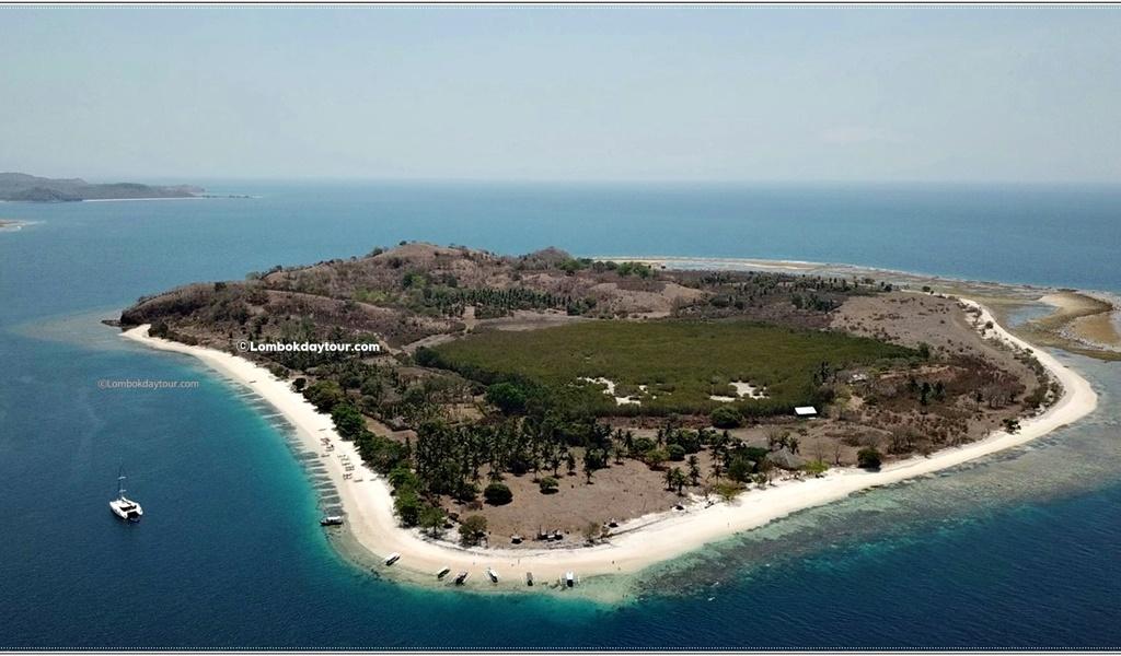 Secert island hopping tour